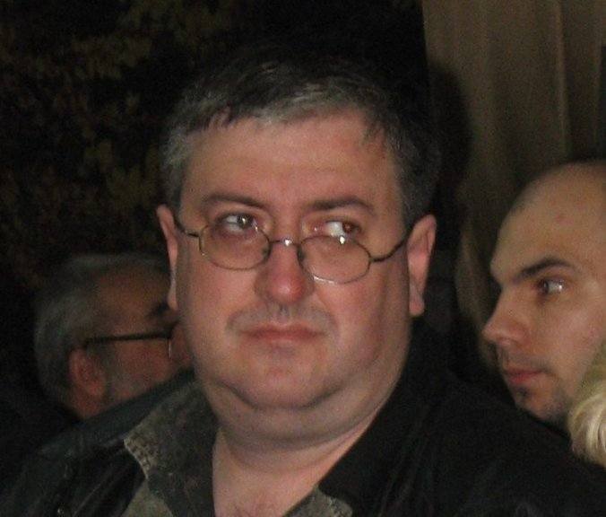 Dan Doboş la Gaudeamus, în noiembrie 2008 (bonus: în fundal, amicul Kyo)