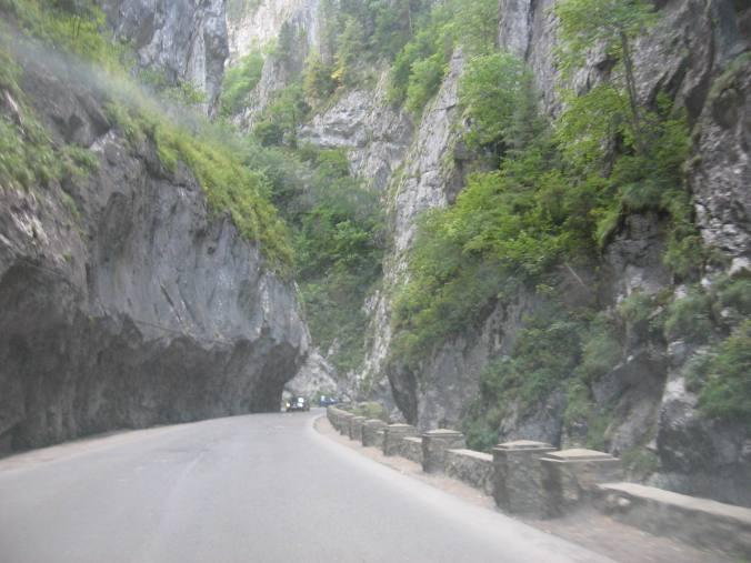31 august, Cheile Bicazului: rocks through the windshield
